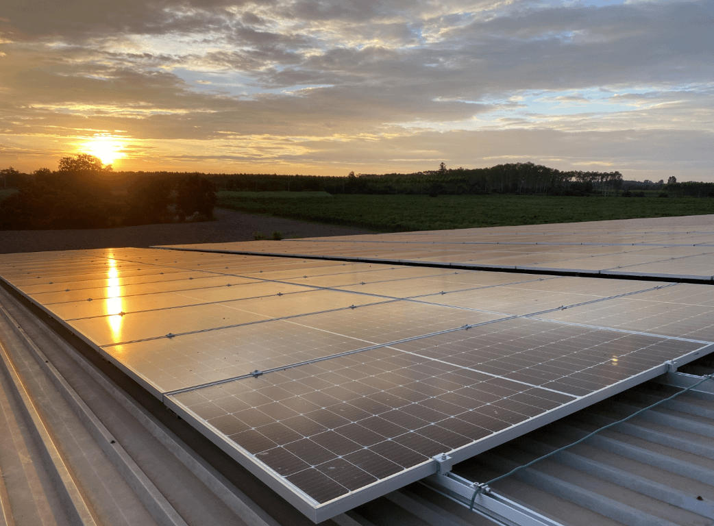 SRCE1_SEB航空图片与太阳能屋顶15_CE