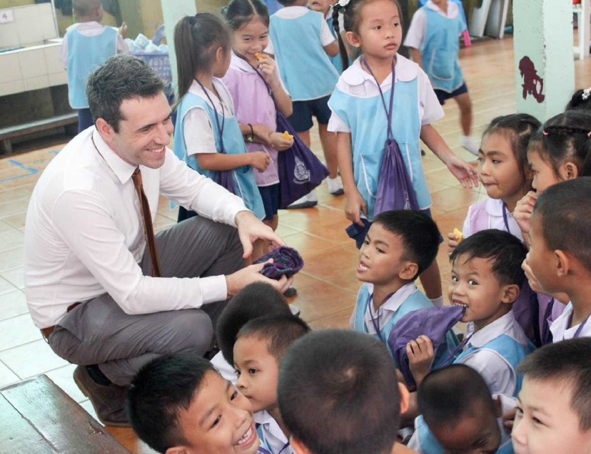Constant Energy donates to a local school in Thailand as part of the Schneider Electric Bangpoo solar rooftop project